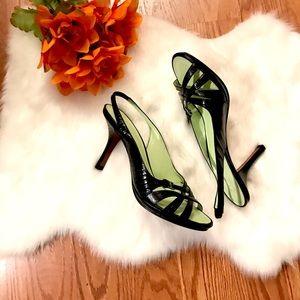 NWOT Tommy Hilfiger heels size 7.5